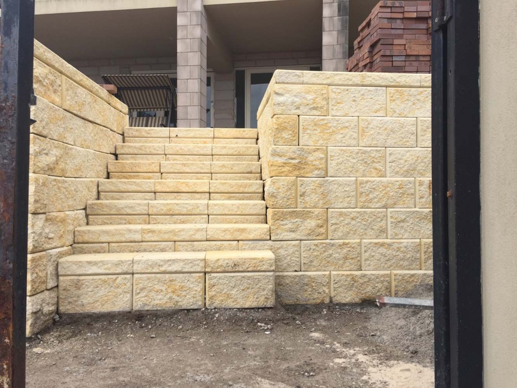Retaining Wall Services in Sydney by Alex Paving